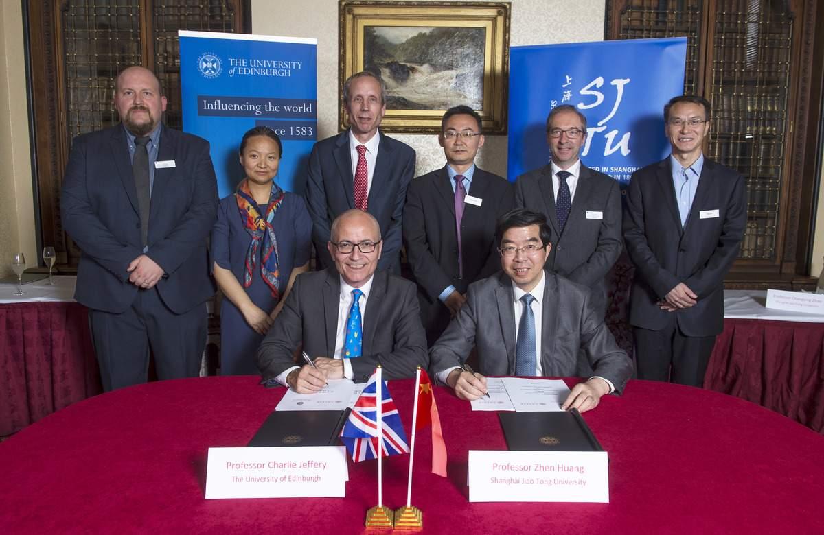 China.uk.signingceremony5